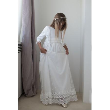 12. Vestido de comunion tul bordado alas