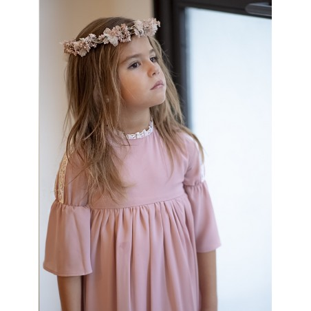 A19. 8. Vestido gasa rosa manga campana
