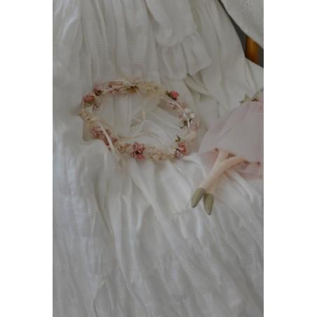 C.8.Corona flor rosa y beige