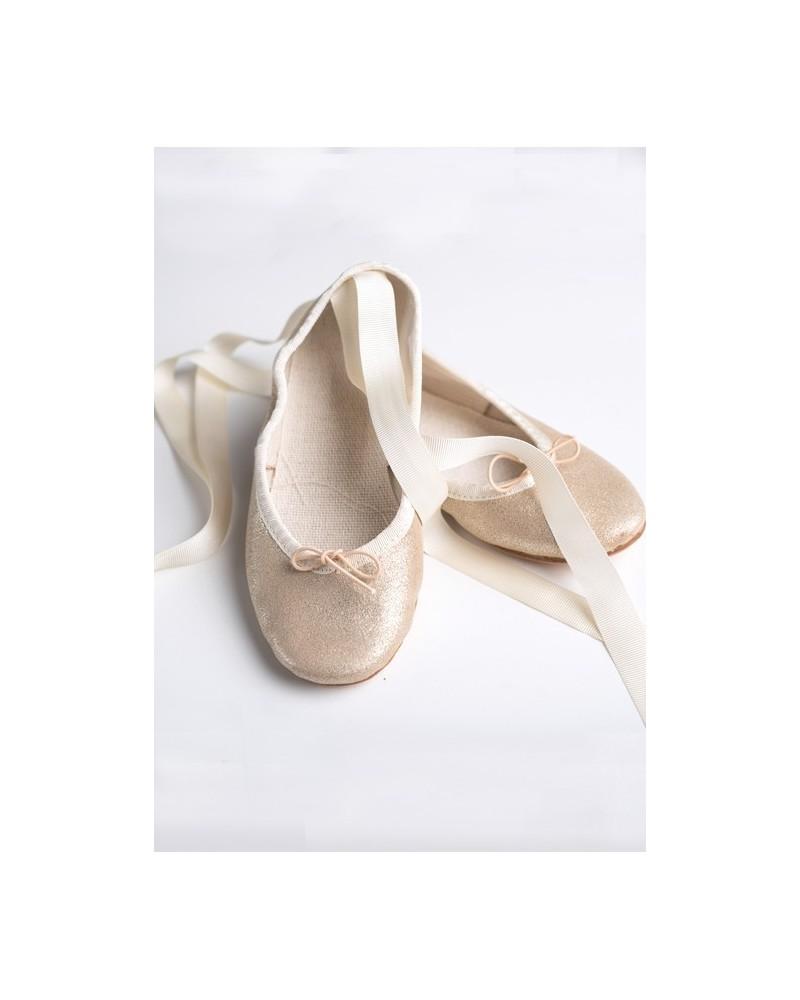 B.15.Bailarina dorada con cintas